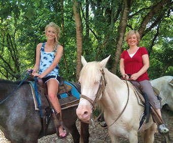 1 Hour Smoky Mountain Horseback Ride