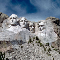Mount_Rushmore_National_Memorial_MORU2014