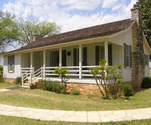 Lyndon_B._Johnson_birthplace_NPS